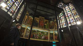 Il mistero del Van Eyck rubato dalla cattedrale di Gand 80 anni fa