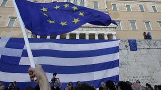 AB ve Yunanistan bayrakları (arşiv)