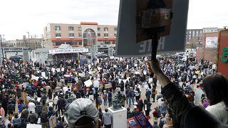 تظاهرات ضد نژادپرستی علیه آسیاییتباران در شیکاگو