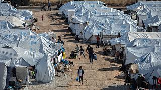 Arşiv / Midilli Adası'ndaki mülteci kampı