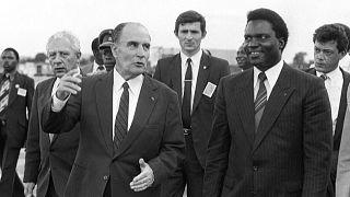 François Mitterrand et Juvenal Habyarimana à Kigali au Rwanda le 10 décembre 1984.