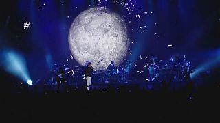پنج هزار نفر در کنسرت واقعی راک در بارسلون