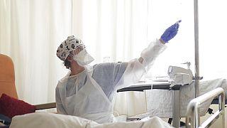 In einem Krankenhaus in einem Vorort von Paris
