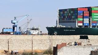 Suez: traffico regolare nel canale. La Ever Given ha ripreso la navigazione