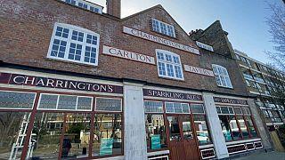 Carlton Tavern: Η ιστορία μιας παμπ που στάθηκε όρθια χάρη στον αγώνα της τοπικής κοινωνίας