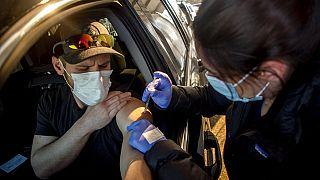 Εμβολιασμός στο αυτοκίνητο