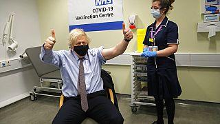 İngiltere Başbakanı Boris Johnson, 19 Mart tarihinde ilk doz Covid-19 aşısı olmuştu.