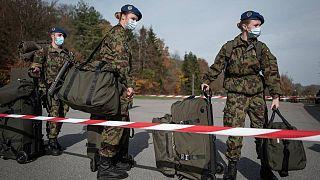 İsviçre ordusunun sadece yüzde 1'i kadın askerlerden oluşuyor.