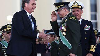 Dimiten los jefes de los Ejércitos de Tierra, Mar y Aire de Brasil