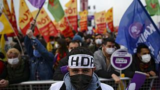 HDP: Το Συνταγματικό Δικαστήριο αναμένεται να αρχίσει να εξετάζει το αίτημα να τεθεί εκτός νόμου