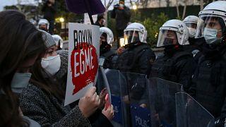 Türkiye'de kadınların düzenlediği protesto gösterisinden