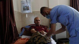 مستشفى في مخيم خان يونس بقطاع غزة