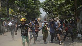 BM Myanmar Özel Temsilcisi Christine Schraner Burgener, iç savaş uyarısında bulundu.
