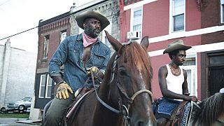 """""""Concrete Cowboy"""" : un long-métrage sur les cavaliers noirs de Philadelphie"""