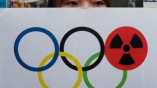 عکس تزئینی؛ یکی از مخالفان المپیک توکیو
