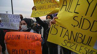 مظاهرة احتجاجية على انسحاب الرئيس التركي المثير للجدل من اتفاقية اسطنبول لعام 2011، اسطنبول، 25 مارس 2021