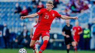 هالاند بقميص المنتخب النرويجي