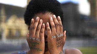 Royaume Uni : démission d'un conseiller noir suite au rapport sur le racisme