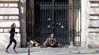 بی خانمانی در پاریس