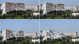 """La destruction de l'immeuble """"Monmousseau"""" dans le quartier des Minguettes à Venissieux, dans la banlieue de Lyon, le 2 avril 2021"""