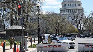 Washington: auto contro il Congresso, muore un agente. Ucciso l'assalitore