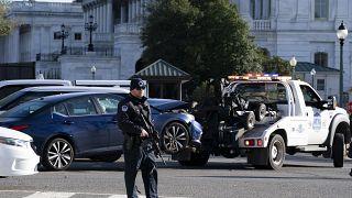 Joe Biden lamenta morte de agente da polícia em ataque junto ao Capitólio