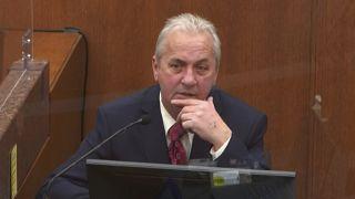 Richard Zimmerman, policier le plus expérimenté de la police de Minneapolis, a livré un témoignage accablant au procès de l'agent Derek Chauvin le 2 avril 2021.
