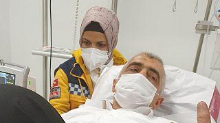 Gözaltına alınan eski HDP Kocaeli Milletvekili Ömer Faruk Gergerlioğlu hastaneye kaldırıldı.