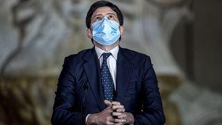 روبرتو اسپرانتزا، وزیر بهداشت ایتالیا