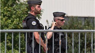 """4 جرحى في اعتداء استهدف مقرا لجمعية كردية في فرنسا نُسب إلى تنظيم """"الذئاب الرمادية"""""""