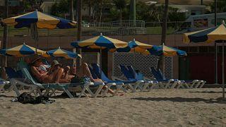 Turistas locales en Canarias