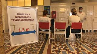 Ungarn impft für Schulöffnungen