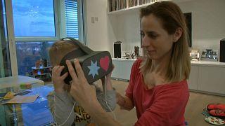 Gafas de realidad virtual para asistir a los teatros checos.
