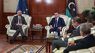 Charles Michel et le Premier ministre libyen par intérim Abdul Hamid Dbeibah à Tripoli, le 4 avril 2021