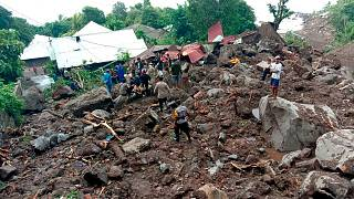 سیل و رانش زمین در اندونزی