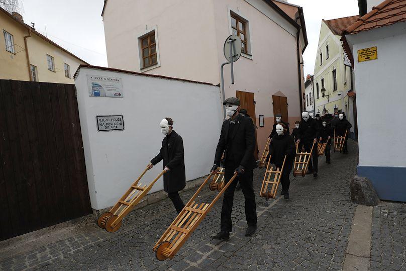 Húsvéti népszokások különös húsvéti népszokások nők megvesszőzése