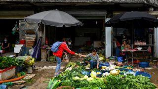 الباعة المتجولون في فيتنام