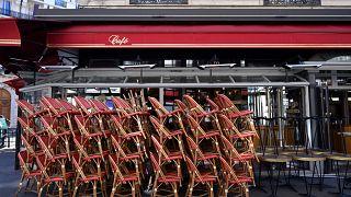 Paris'te kapalı bir restoran