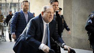 هارفي واينستين يصل إلى محكمة مانهاتن في نيويورك. 2020/02/24