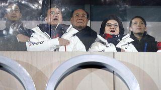 مسؤولون كوريون جنوبيون وشماليون في الأولمبياد الشتوية عام 2018