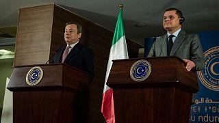 نخست وزیر ایتالیا در کنار نخست وزیر لیبی