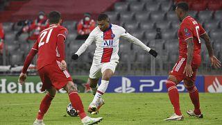 Kylian Mbappé erzielte mit diesem Schuss den 3:2 Endstand für die Pariser