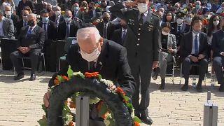 الإسرائيليون يحيون ذكرى المحرقة