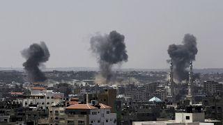 İsrail, 16 Temmuz 2014'te Gazze Şeridi'nde hedefleri bombaladı
