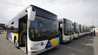 Τα καινούργια λεωφορεία του ΟΣΥ κατά την διάρκεια της παράδοσής τους στο αμαξοστάσιο του ΟΣΥ στο Ρέντη