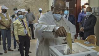 "Djibouti's President ""very confident"" of election victory"