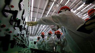 تصویری از داخل نیروگاه هسته ای فوکوشیما