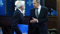 Hibrid vakcinaháború: Lavrov visszaszólt