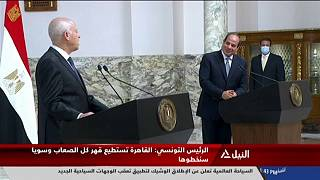 الرئيسان المصري والتونسي خلال مؤتمر صحافي مشترك