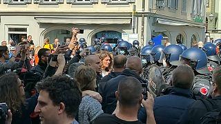 Proteste anti restrizioni